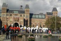 Amsterdam Tulpen vor dem Reichsmuseum (Rijksmuseum)