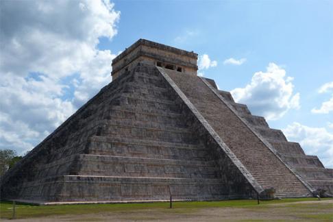 Chichén Itzá - Tour por Chichén Itzá + Tulum al Amanecer