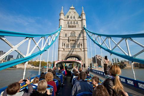 Take a breathtaking trip on the London Eye, immerse yourself in history at the Tower of London or pose with celebs at Madame Tussauds. Whatever you choose, booking attraction tickets online is a great way to save money and skip the queues.
