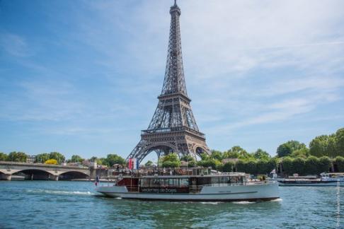 Vedettes de Paris - Crucero con Champán